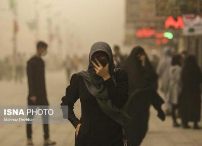 تداوم گرد و غبار در سه استان