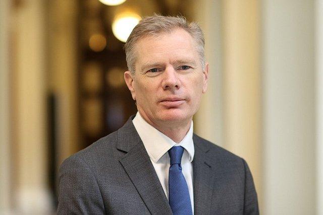 سفیر انگلیس در تهران: یک راه چاره سیاسی کلید حل و فصل مناقشات در یمن است