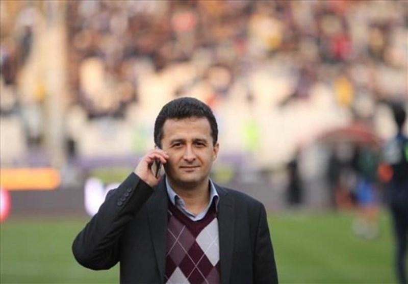 محمودزاده: کار بعضی باشگاه ها از دقیقه 90 هم گذشته و به وقت های اضافه رسیده، کارت بازی 5 یا 6 بازیکن جدید استقلال صادر شده است