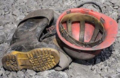 نجات معدنچیان محبوس در معدن سرب و روی گزینوی بهاباد