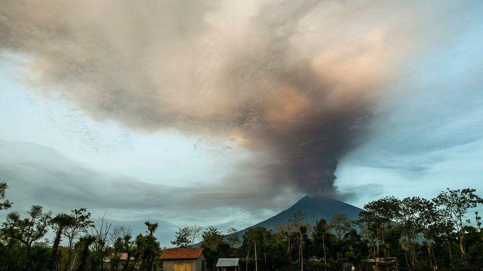 فوران آتشفشان بالی اندونزی، کوه آگونگ