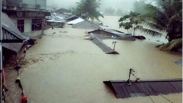 سیل در اندونزی ده ها هزار نفر را آواره کرد