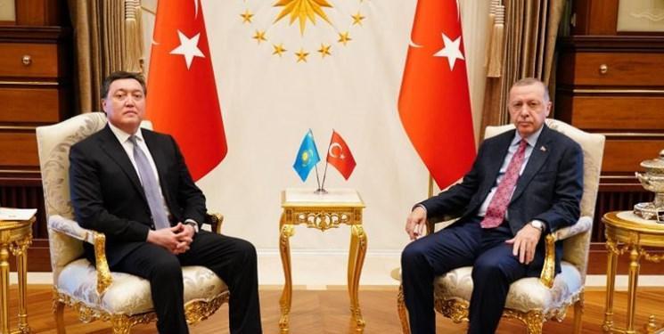 دیدار نخست وزیر قزاقستان با مقامات عالی و تجار ترکیه