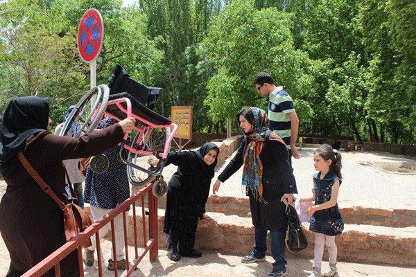 رفاه گردشگران معلول را تأمین کنید، پیشنهادهایی برای میراث فرهنگی