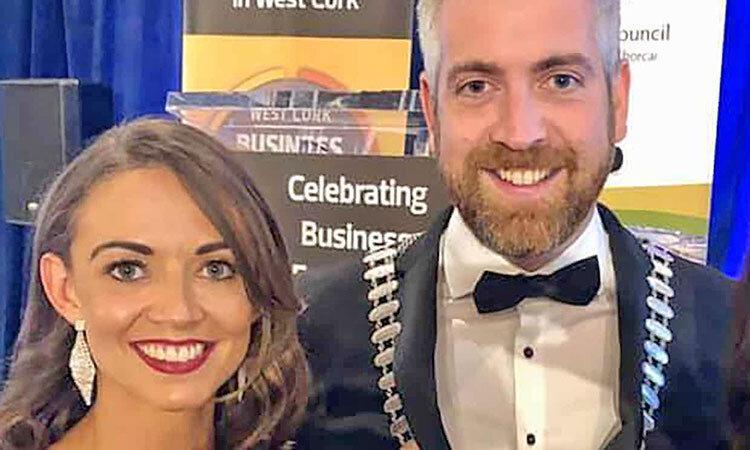 رقابت یک زن و شوهر از دو حزب مخالف در انتخابات عمومی ایرلند