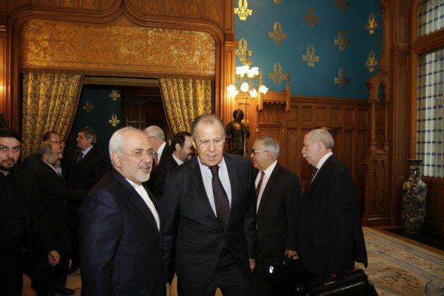 ظریف: از فرایند توسعه روابط با روسیه شاد هستیم