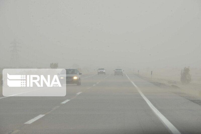 خبرنگاران مه غلیظ دید افقی رانندگان را در خراسان شمالی کاهش داد