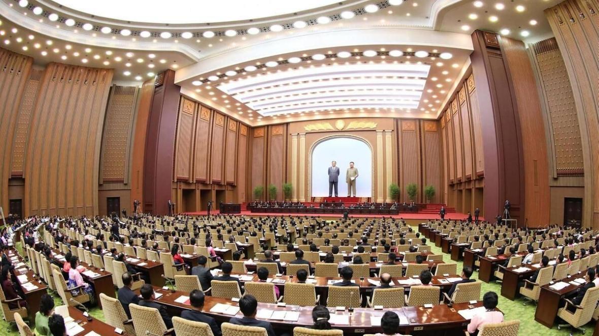 خبرنگاران رهبر کره شمالی ترکیب کمیسیون عالی دولتی را تغییر داد