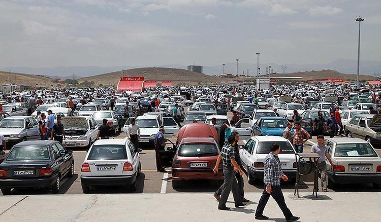 صنعت خودرو زمین می خورد، کارِ دلال ها نیست، اگر پراید به 60 میلیون تومان برسد حاضرم در اسید حل شوم!