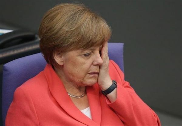واکنش مرکل به اخراج 3 دیپلمات اروپایی از روسیه