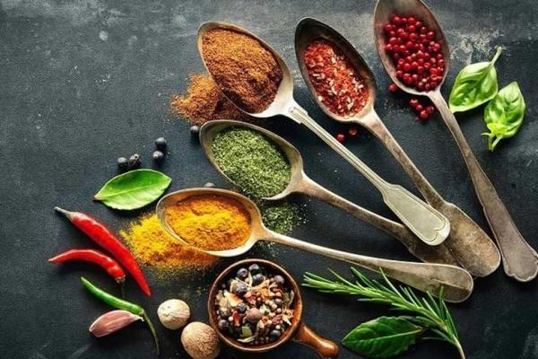 ادویه های لاغر کننده که شما را در رژیم های غذایی یاری می نماید