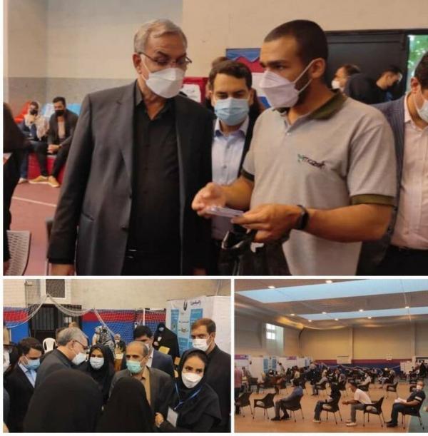 بازدید سرزده وزیر بهداشت از مراکز واکسیناسیون، برای واکسیناسیون تهران برنامه ویژه داریم